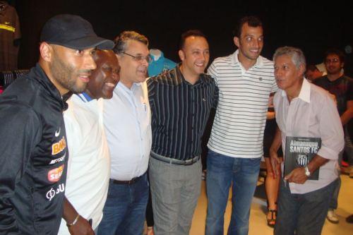 Edinho, Edu, Guilherme Nascimento, Edmar Junior, Edu Dracena e Clodoaldo durante lançamento do Almanaque em Santos, agora será a vez da cidade de São Paulo