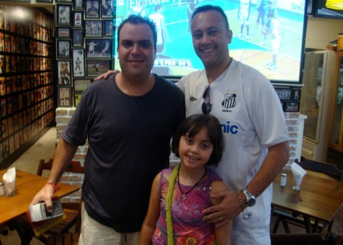 Marcos Batista, Edmar Junior e Luaninha no Boleiros Bar