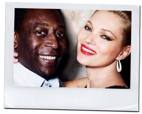 Pelé e Kate Moss posaram para a edição de maio de 2011 da Vogue Brasil (Foto: Mario Testino)