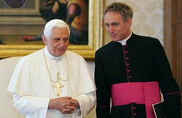 Papa Emérito e Dom George